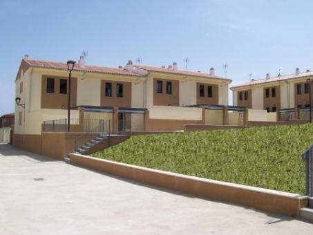30 Houses in Trujillo